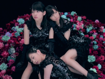 An Uninspired Flight – A Look at Juice=Juice's Black Butterfly PV