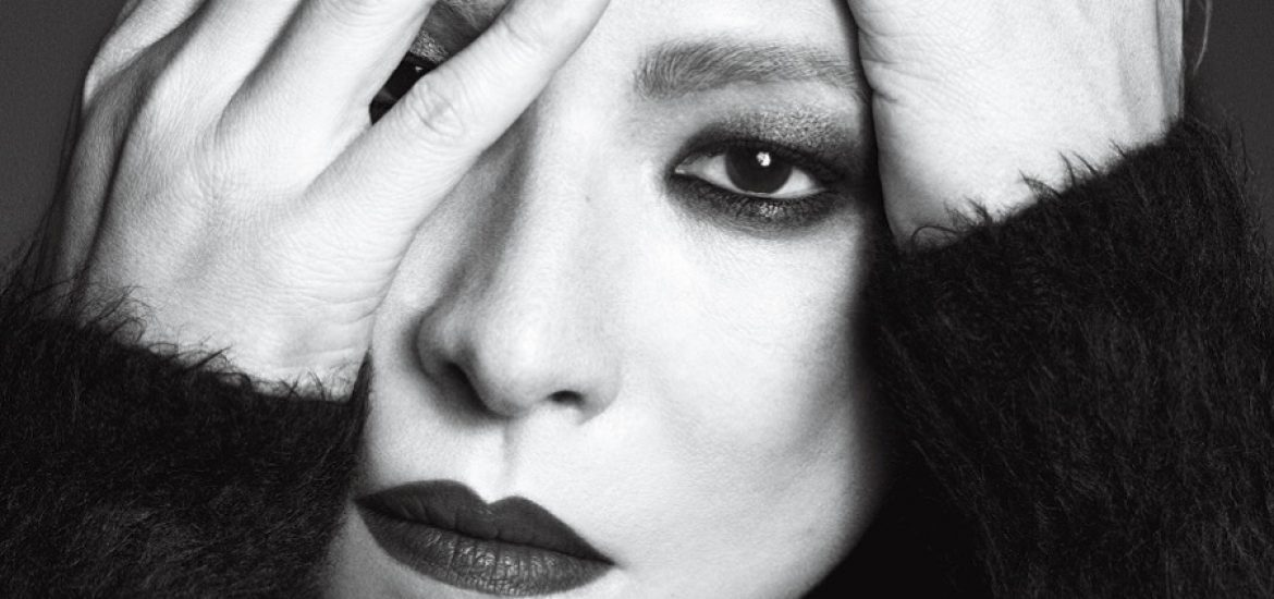 Yoshiki chosen for the cover of Vogue Japan's Rock Star issue
