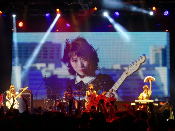 SILENT SIREN rocks Taipei, continues world tour in L.A. in December