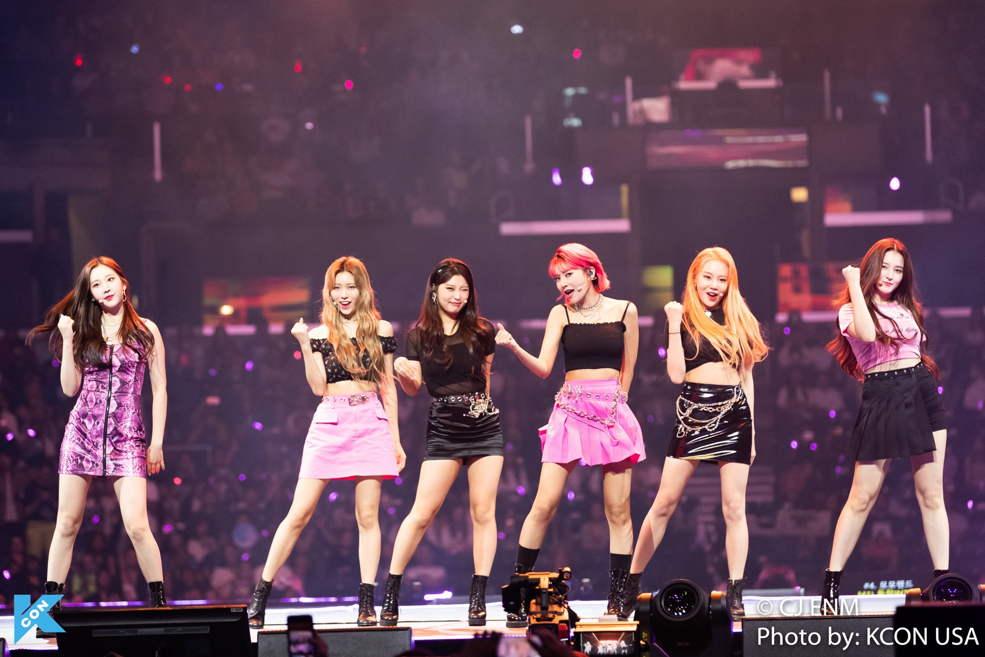 KCON LOS ANGELES 2019 MOMOLAND-7